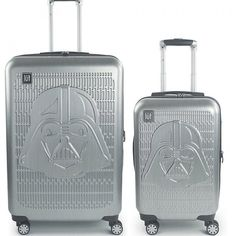 Disney Star Wars Darth Vader 2-Piece Spinner Luggage Set In Silver - Boldly displaying embossed Darth Vader artwork, the 2-Piece Star Wars Darth Vader Luggage Set is perfect for any Star Wars fan. Features durable ABS construction, and eight 360 degree spinner wheels and a telescopic handle for easy transporting. Darth Maul Clone Wars, Star Wars Darth, Disney Star Wars, Disney Stars, Darth Vader Artwork, Star Wars Cake, Star Wars Tattoo, Ralph Mcquarrie, Star Wars Ships