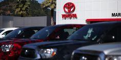 Toyota se adentra en la inteligencia artificial y robótica   Toyota invertirá mil millones de dólares en una firma de investigación que va a crear en Silicon Valley para desarrollar inteligencia artificial y robótica subrayando la determinación del fabricante japonés de llevar la delantera en automóviles futuristas que se conducen solos y aplicar esa tecnología en otros ámbitos de la vida.  La empresa empezará a operar en enero de 2016 con 200 empleados en un centro de Silicon Valley cerca…