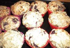 Zabpelyhes-túrós-meggyes muffin