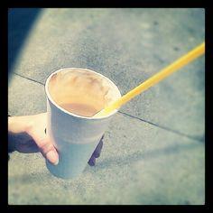 Cafe KofiKofi (ICE Kofi - caramel) Moscow Mule Mugs, Caramel, Ice, Coffee, Tableware, Sticky Toffee, Kaffee, Candy, Dinnerware