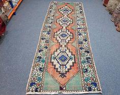 homevintagerug full of pretty vintage rugs by homevintagerug Pink And Blue Rug, Pink Rug, Boho Decor, Bohemian Rug, Aztec Rug, Hallway Rug, Kitchen Rug, Small Rugs, Floor Rugs