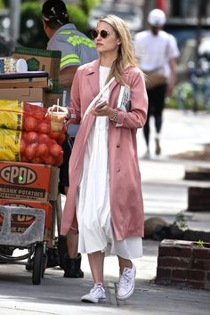Dianna Agron - Out in New York Dianna Agron Style, Outfits, Clothes and Latest Photos. Looks Chic, Looks Style, Style Me, Fashion Week, Star Fashion, Womens Fashion, Mode Outfits, Fashion Outfits, Summer Outfits