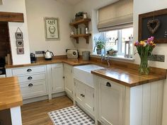 I get asked, almost daily, what we treat our oak worktops with! It's called Fi… I get asked, almost daily, what we treat our oak worktops with! It's called Fiddes Hard Wax Oil and there is a story… Best Kitchen Sinks, New Kitchen, Cool Kitchens, Kitchen Decor, Awesome Kitchen, Kitchen Ideas, Kitchen White, Kitchen Hair, Ranch Kitchen