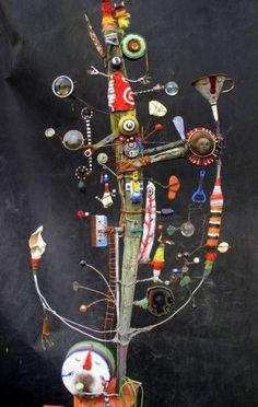 """Arbre de vie... OU Le collector des choses aimées ou inutiles ou autres... / Inspire-toi ! / Sculpture, assemblages. / By Gerard collas. """""""