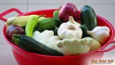 Ezt fald fel!: Kovászolt dinnyehéj, cukkini, uborka, tök, lila hagyma és társai... Zucchini, Vegetables, Food, Essen, Vegetable Recipes, Meals, Yemek, Veggies, Eten