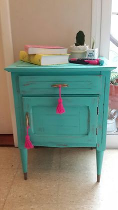 Turquoise Furniture, Funky Furniture, Upcycled Furniture, Painted Furniture, Furniture Design, Deco Cool, Little White House, Home Room Design, House Colors