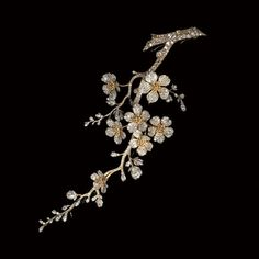 Diamond Japanese cherry blossom corsage brooch. France, Vever et Lalique, circa 1890. Belonging to Henriette De L'Espine, HSH Princess Louis de Croy