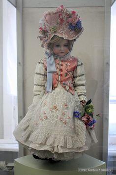 Доброго времени суток! Вчера побывала в музее кукол и хочу поделиться впечатлениями. Музей существует лет уже 16 или 17 и