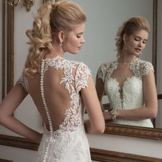 Sneaky look at this Justin Alexander beauty xx