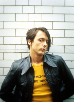 Fan page dedicated to Brett Anderson, lead singer of british band Suede. Here you'll find posts related to Suede and Brett's solo career The Music Man, My Music, Modern Hipster, Brett Anderson, Britpop, Post Punk, Music Icon, 90s Kids, People Like