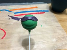 A Totally Rad Ninja Turtle Cake Pops Tutorial Ninja Turtle Cake Pops, Ninja Turtle Party, Ninja Turtles, Cake Pop Tutorial, Heart For Kids, 4th Birthday Parties, Cake Decorating, Food And Drink, Bandanas