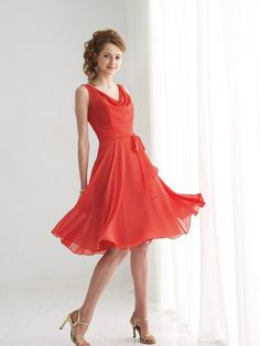 A-line/Princess Scoop Sleeveless Knee-length Chiffon Bridesmaid Dress with Ruffles