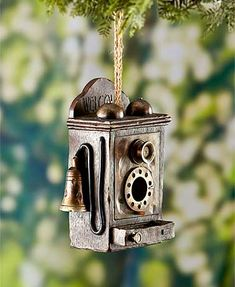 Provide a home for the birds with this Nostalgic Novelty Birdhouse, a reminder of days gone by.Each has a round opening for the birds to come and go. Come