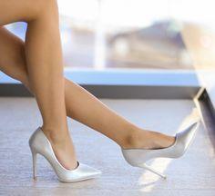 Pantofi Labest Argintii - <br>Culoare: Argintiu<br>Dimensiune toc: 11<br>Material: Piele eco Colectia Pantofi cu toc de la www.cutoc.net