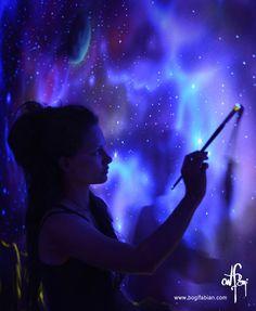Gorgeous Glow-in-the-Dark Murals Only Visible Under UV Light - My Modern Met