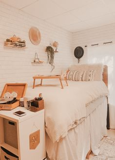 """Interest: maeganxcarter"" - Apartments Bedrooms Blue Boho Boys""Interest: maeganxcarter"" - Apartments Bedrooms Blue Boho best dorm color schemes for your freshman dorm room - Cassidy best dorm color schemes for your freshman dorm College Bedroom Decor, Boho Dorm Room, Cool Dorm Rooms, College Dorm Decorations, College Room, Room Ideas Bedroom, College Life, Diy Bedroom, Pink Dorm Rooms"