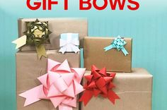 Make gift bows from paper with free templates and SVG cut files for Cricut Craft Organization, Craft Storage, Organizing Ideas, Craft Room Tables, Ikea Craft Room, Money Making Crafts, Crafts To Make, Diy Crafts, Easy Paper Flowers