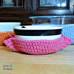 I've been making lots of soup lately and microwaving leftovers for lunch. Those bowls sure get hot!! A couple weeks ago I saw microwavable bowl cozies made out of fabric to save your hands from those hot bowls. It seemed to me that I could crochet and knit some, so I did!! Here is the crochet pattern.