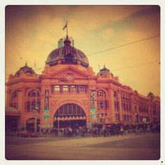 Iconic Flinders st station in true Melbourne hipster fashion Beautiful Places In The World, Wonderful Places, Beautiful Things, Click Home, Travel Around The World, Around The Worlds, Victoria Australia, Melbourne Victoria, Places In Melbourne