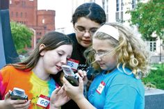 Getting Places - Using Mobile Media to Augment Place-Based Learning Article