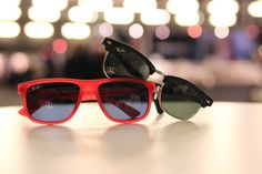 Tuffa barnsolglasögon från Ray-Ban