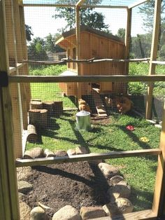 Building a Chicken Coop - The Seven Sweeties Amish chicken coop and run with dust bath, stumps and branches for roosting bars. Building a chicken coop does not have to be tricky nor does it have to set you back a ton of scratch.