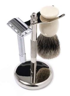 Wet shaving kit with safety razor, and bristle shaving brush and stand. Shaving Brush, Wet Shaving, Mens Shaving Set, Shaving Tips, Shaving & Grooming, Men's Grooming, Popular Beard Styles, Best Safety Razor, Plastic Alternatives