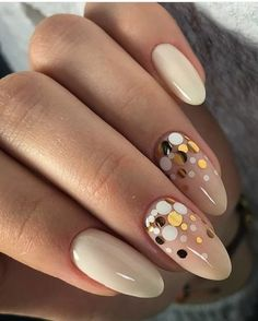 25 Beige Nail Designs Ideas to Try This Season matte nails colors;matte nails p. - Nail Design Ideas, Gallery of Best Nail Designs Beige Nails, Pink Nails, Glitter Nails, My Nails, Matte Nails, Glitter Art, Beige Nail Art, Cream Nails, Red Nail