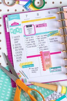 See how to start using a planner this year with tips for making useful layouts and incorporating my Happy Planner ideas for creative, functional planning. Planner Tips, Planner Layout, Goals Planner, Planner Pages, Printable Planner, Planner Stickers, Start Planner, 2015 Planner, Work Planner