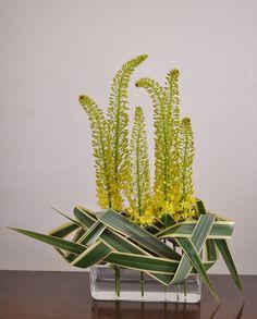 Eremurusu and phormium tenax | Les Fleurs pour Vous -  L'oiseau Blanc Floral Atelier, Tokyo, Japan