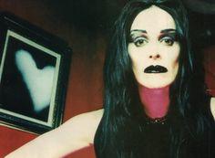 Diamanda Galás Diamanda Galas, Goth Bands, Fierce Women, Louise Brooks, Patron Saints, Music Icon, Best Artist, Rockabilly, Halloween Face Makeup