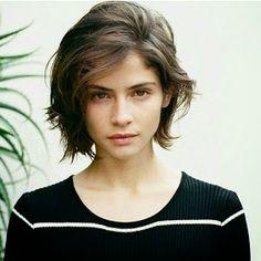 Genteee linda!!     T enho visto ultimamente pelas redes sociais a tendência de cabelos curtos! Yeeeeh! cabelos curtos modernos e qu...