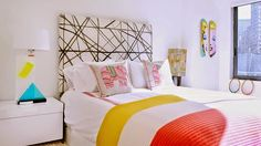 Home tour: cool e colorido  NYC by Sasha Bikoff