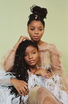 Dynamic duo: Chloe x Halle are featured on the cover of the July edition of Teen Vogue as they insisted that it's fun to prove the doubters wrong Divas, Black Girl Magic, Black Girls, Chloe Halle, Black Sisters, Photoshoot Themes, Beautiful Black Girl, Brown Skin Girls, Black Girl Aesthetic