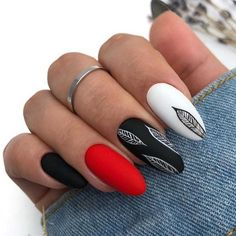 elegant black almond nail art designs - Black nails can suit just about every outfit and occasion that it is paired with. Today in this pos - Almond Nails Designs, Black Nail Designs, Cool Nail Designs, Latest Nail Designs, Black Almond Nails, Almond Nail Art, Red Black Nails, Cute Acrylic Nails, Fun Nails