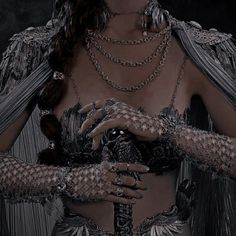 Queen Aesthetic, Classy Aesthetic, Princess Aesthetic, Book Aesthetic, Character Aesthetic, Aesthetic Pictures, Crown Aesthetic, Foto Fantasy, Fantasy Dress