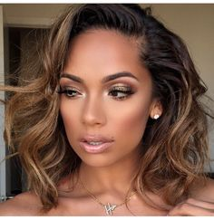 2018 Winter Hair Color Ideas for Black Women. Bold and Vibrant hair color shades for the winter 2018 season. This winter it's time to break free from mundane hair shades of black and brown an… Weave Hairstyles, Pretty Hairstyles, Curly Hair Styles, Natural Hair Styles, Gorgeous Hair, Amazing Hair, Human Hair Wigs, Hair Looks, Her Hair