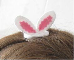 Felt Easter bunny ears hair grip tutorial & pattern | Felting | CraftGossip.com