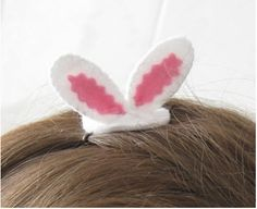 Felt Easter bunny ears hair grip tutorial & pattern | Felting | CraftGossip.com