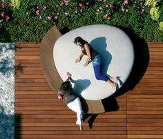 Outdoor Furniture Moonstone by Metalco