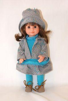 Кукла-малышка Мариетта в  сером костюмчике, 34 см, Carmen Gonzalez