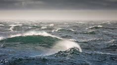 Download-Deep-Blue-Sea-Wallpaper-Free.jpg (1920×1080)