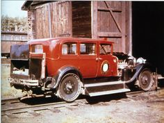 Quebec Central M-286 a 1929 Packard at the Vallee Jonction enginehouse, April 1953