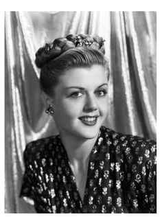 Ive always loved Angela Lansbury. Something about her reminds me of my mom.