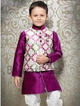 Your little son will look absolutely charming by wearing this purplish magenta color raw silk kurta. Kids Indian Wear, Kids Ethnic Wear, Little Boy Outfits, Baby Boy Outfits, Kids Outfits, Boys Clothes Style, Sewing Kids Clothes, Kids Formal Wear, Kids Kurta