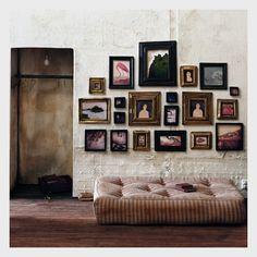 CREATIVE LIVING from a Scandinavian Perspective: Decorate your Walls - Möblera med bilder