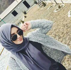 Love this hijab style Islamic Fashion, Muslim Fashion, Hijab Fashion, Women's Fashion, Hijab Turban Style, Hijab Chic, Stylish Hijab, Muslim Girls, Muslim Women