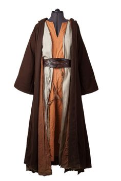 Ever wondered how to make your LARP costume look more like your characters clothes? Check out this tutorial on smart layering and upgrade your garb now! Wizard Costume, Medieval Clothing, Historical Clothing, Larp, Biblical Costumes, Nativity Costumes, Pakistani Fashion Casual, Star Wars Outfits, Cool Costumes