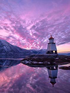 Lighthouse Sunset | Norway (by Haakon Nygård)