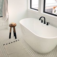 bathroom tub Love this white Soaking Tub in our master bath Master Bathroom Tub, Budget Bathroom, Bathroom Flooring, Bathroom Renovations, Bathroom Showers, Bathroom Ideas, Restroom Ideas, Bathroom Mirrors, Bath Tub Tile Ideas